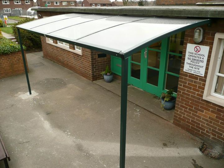 Canopy installation, Hendal Primary School Wakefield