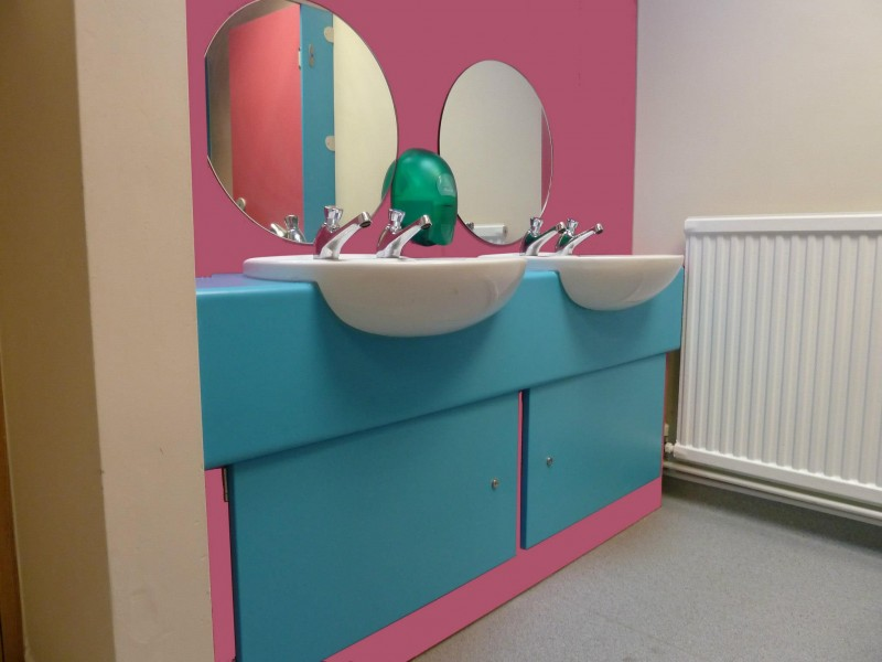 School toilets design and installation, Ackworth Howard School (Pontefract)