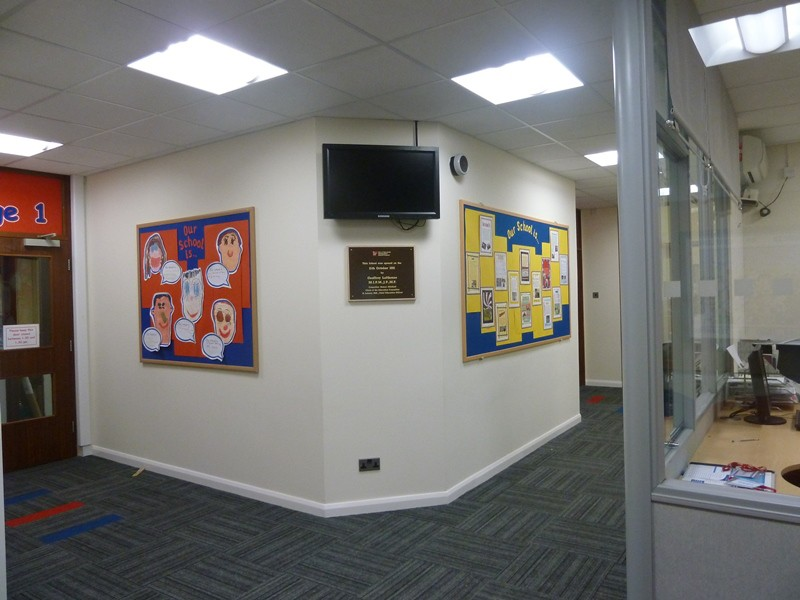 Halfpenny Lane School